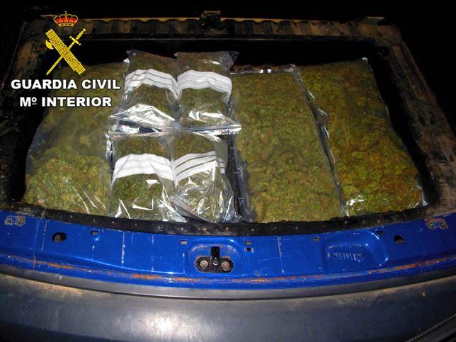 Detenido un hombre por transportar 19 kilos de marihuana en Illescas (Toledo)