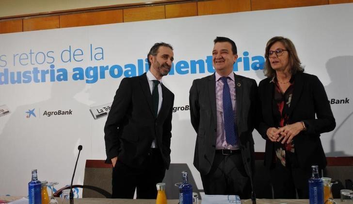 El consejero de Agricultura de Castilla-La Mancha aboga por que la futura PAC ayude a autorregular los mercados