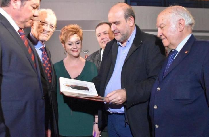 La Junta de Castilla-La Mancha apoya la tauromaquia impulsando un nuevo canal temático en la televisión regional