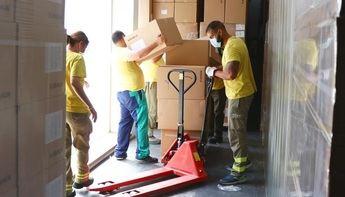La Junta de Castilla-La Mancha asegura haber distribuido esta semana 456.000 mascarillas a profesionales sanitarios