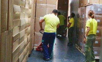 La Junta de Castilla-La Mancha ha enviado esta semana cerca 480.000 artículos de protección a los centros sanitarios