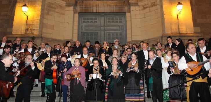 La 'Noche de los Mayos' en Albacete, una tradición popular que se mantiene