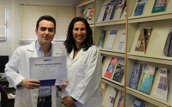 Un médico residente de dermatología del Hospital de Toledo, premiado otra vez por sus trabajos de psoriasis