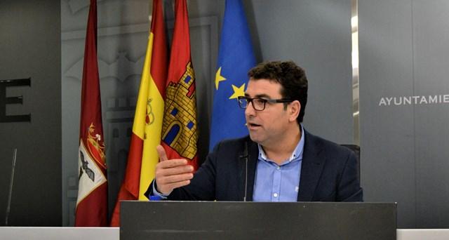 """Belinchón (PSOE) califica de """"estafa"""" el plan de competitividad del Ayuntamiento de Albacete"""