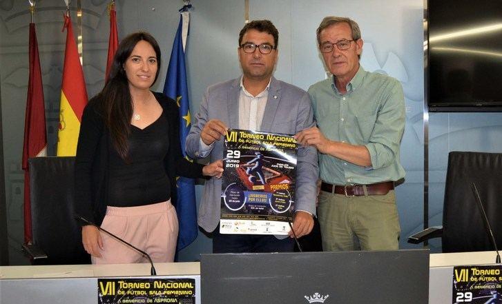 200 jugadoras de 12 equipos se darán cita en el séptimo torneo femenino de fútbol sala a beneficio de Asprona