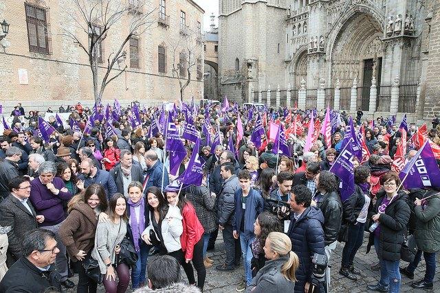 Miles de personas reivindican en Castilla-La Mancha la 'igualdad real' entre hombres y mujeres