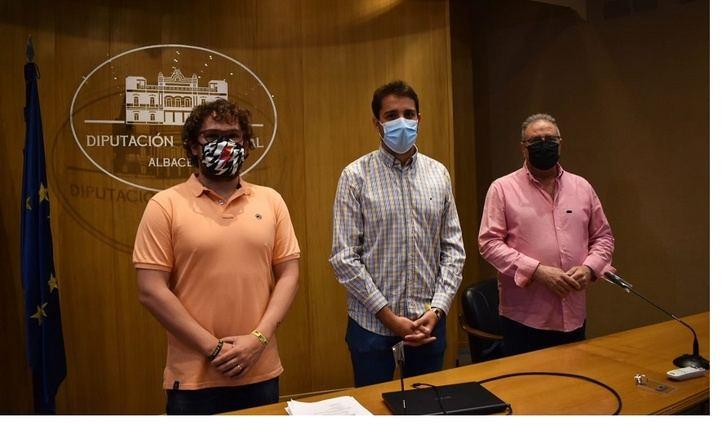 La Diputación de Albacete apoya el desarrollo en Munera de dos campeonatos de Natación del programa 'Somos Deporte 3-18'