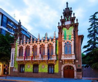 Comienza la renovación del alumbrado exterior del Ayuntamiento, el Museo Municipal y el Museo de la Cuchillería, en Albacete