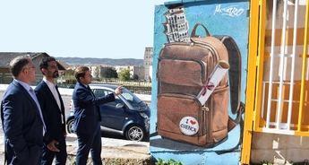 """El consejero de Fomento pone en valor el arte urbano que """"reinventa las ciudades y las caracteriza"""""""
