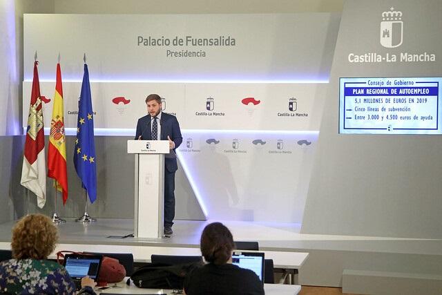 El Plan de Empleo de Castilla-La Mancha para 2019 está dotado con 50,4 millones de euros