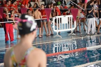 Nadadores olímpicos y paralímpicos nadarán el próximo sábado en la Roda para recaudar fondos para la ELA