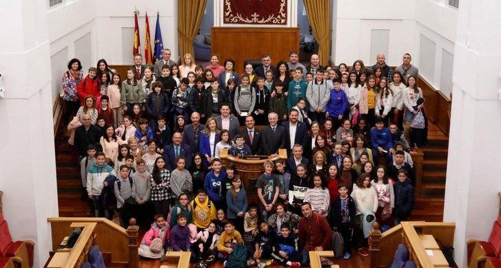 Niñas y niños proponen y votan en las Cortes de Castilla-La Mancha 15 iniciativas para conservar el medio ambiente