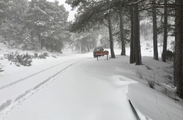 La Junta tiene previstas 1.100 toneladas de sal para hacer frente al hielo o la nieve en las carreteras de Albacete