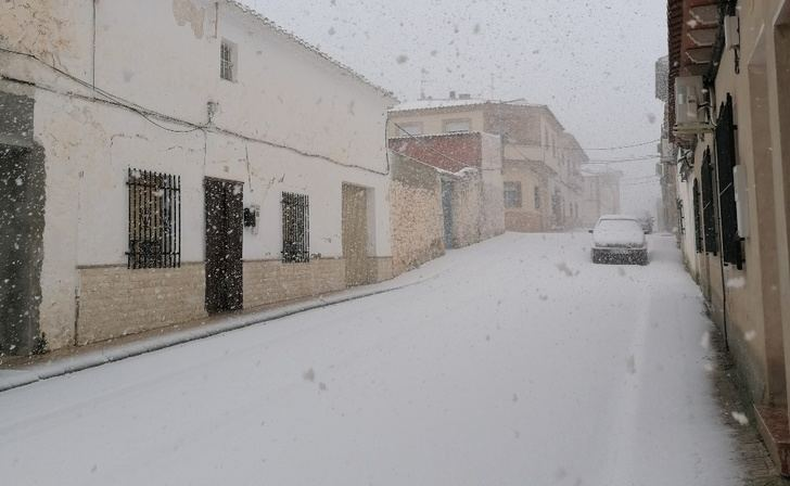 Una fuerte nevada sorprende este viernes a parte de la provincia de Albacete