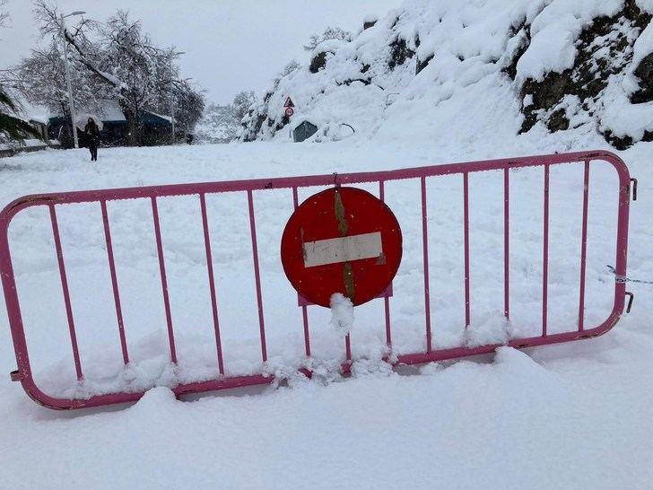 Cerca de 6.000 kilómetros siguen afectados por la nieve y el hielo en Castilla-La Mancha
