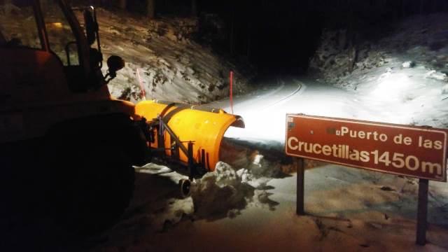 Las máquinas de la Diputación de Albacete tuvieron que despejar 320 kilómetros de carreteras con nieve