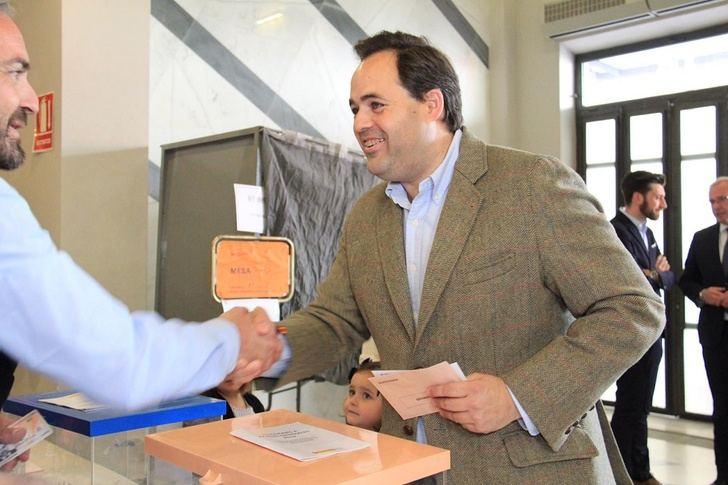 El PP elegirá presidentes provinciales en invierno y Núñez tiene que renovar mandato antes de elecciones para ser candidato