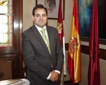 La Junta Electoral suspende un homenaje a Paco Núñez en Almansa (Albacete)