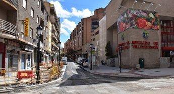El Ayuntamiento de Albacete permite que se asfalten las calles del centro, pese a paralizar las obras