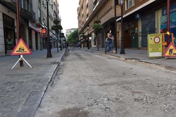 Comienzan las obras de adoquinado del tramo peatonalizado de la calle Rosario de Albacete