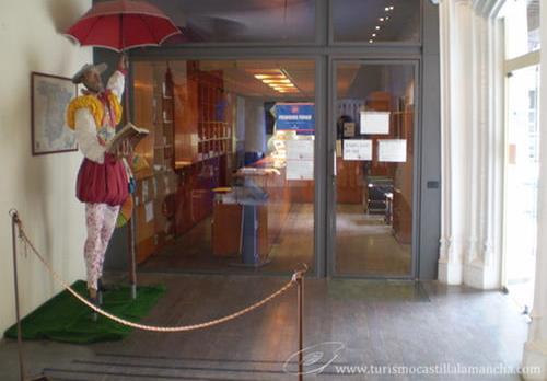Casi 11.000 personas, un 12,13% más, visitaron la oficina de turismo de Albacete en el último trimestre