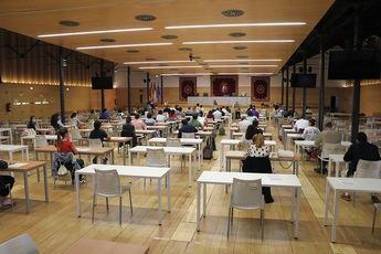 Alta participación en los primeros exámenes de las oposiciones del SESCAM