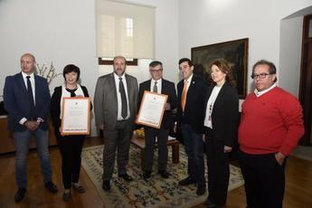 El Ayuntamiento de Hellín y Alcázar de San Juan son premiados por su excelencia en inversión social