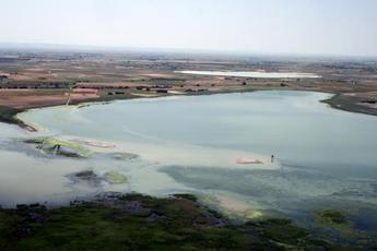 La Junta de Castilla-La Mancha apoya proteger los humedales e incrementar su función frente al cambio climático
