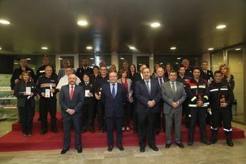 La Junta de Castilla-La Mancha otorga 15 medallas y 16 placas de Protección Civil