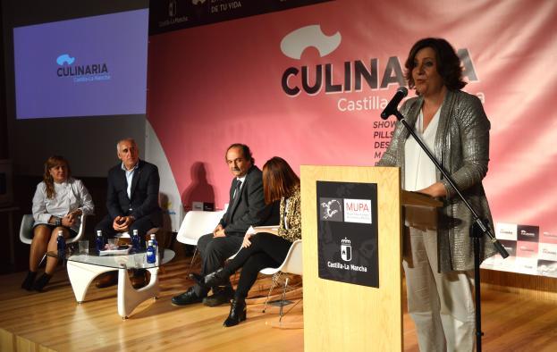 Las personas que visitan Castilla-La Mancha llegan atraídas por su gastronomía