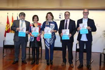 Castilla-La Mancha pone en marcha medidas para mejorar la atención de personas mayores y profesionales en residencias