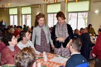 La Asociación para la Atención de Personas con Discapacidad celebra el tradicional desayuno navideño en Yepes (Toledo)