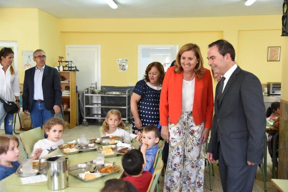 Castilla-La Mancha concederá más de 85.000 euros para ayudas de comedor y libros de texto