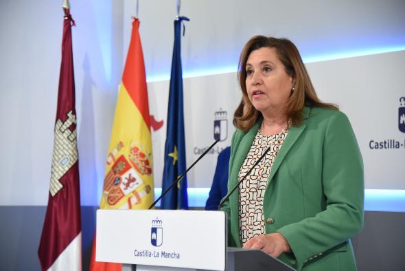 Castilla-La Mancha reparte equipos informáticos y tarjetas de conexión para los alumnos que sufren la brecha digital