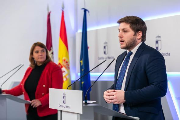 El Gobierno de Castilla-La Mancha aborda junto a Adif la continuidad de infraestructuras estratégicas