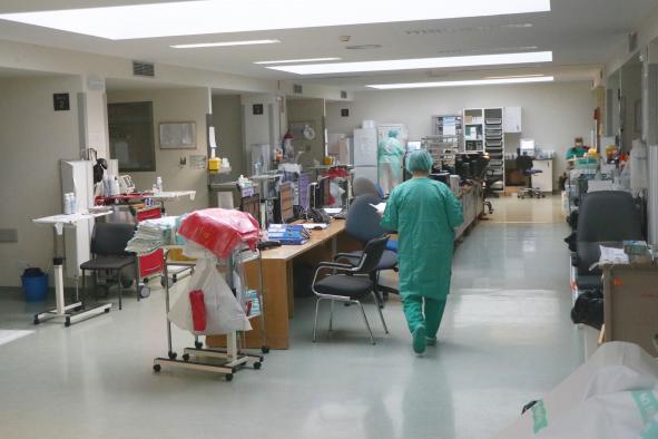 El Hospital de Ciudad Real disminuye el número de pacientes por coronavirus en la UCI
