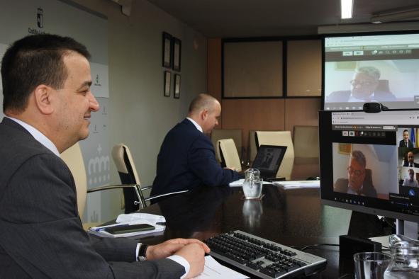La Junta de Castilla-La Mancha ha abonado 10,2 millones de euros en pagos para la reestructuración de viñedo