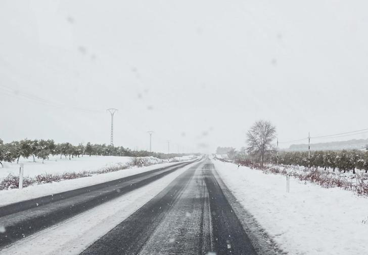 11 incidencias por hielo y nieve este jueves en Castilla-La Mancha