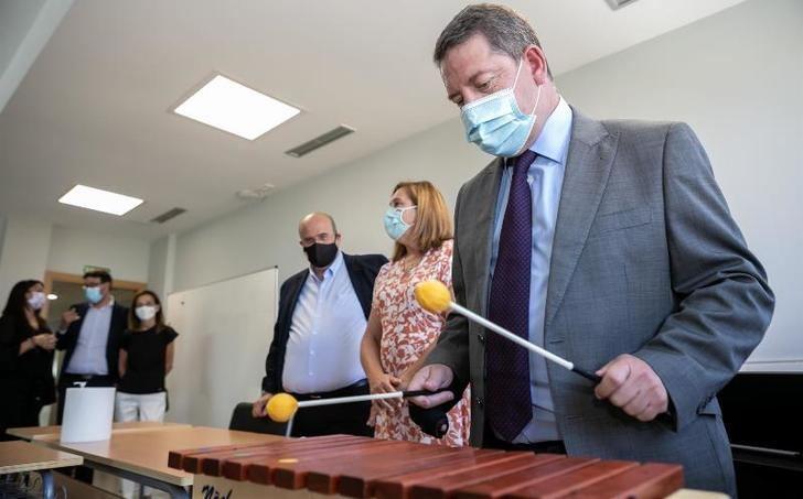 Page anuncia que C-LM mantendrá toda la plantilla docente incorporada durante la crisis sanitaria el próximo curso