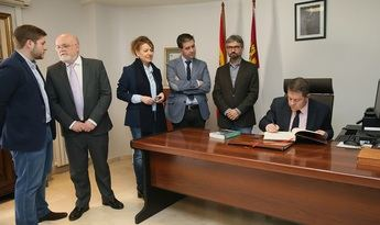 Page visita Alcalá del Júcar y Carcelén y se interesa por los trabajos de recuperación tras los desprendimientos