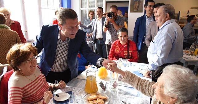 Emiliano García-Page en un acto electoral este viernes en Almagro (Ciudad Real).