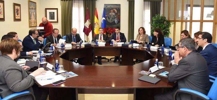 La Junta de Castilla-La Mancha aprueba la oferta de empleo público para el 2019 con 2.573 plazas