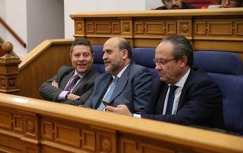 Los empleados públicos de Castilla-La Mancha recuperan las 35 horas semanales con unanimidad en las Cortes