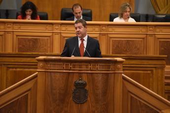 Page, en el debate de investidura, pide cambiar el Estatuto de Castilla-La Mancha para blindar servicios sociales y agua