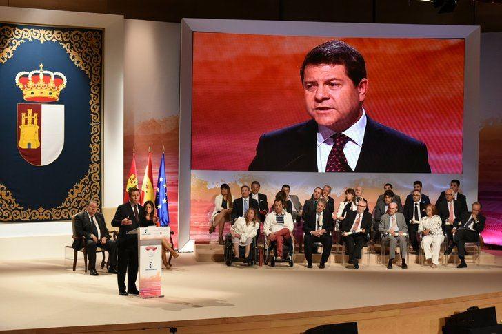 El presidente Page en el acto institucional del Día de Castilla-La Mancha de hace unos años.