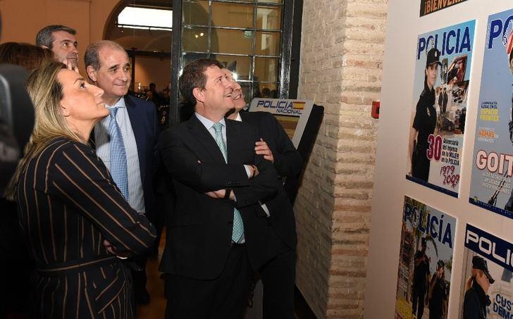 Abre sus puertas la exposición '40 Aniversario de la mujer en la Policía Nacional'