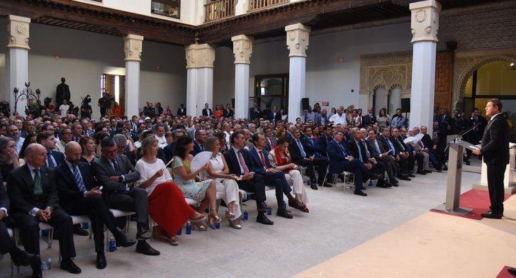 Page jura como presidente de Castilla-La Mancha para una segunda legislatura
