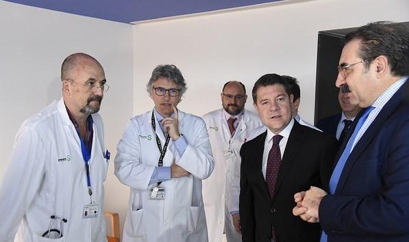 Page inaugura en Albacete las nuevas unidades pediátricas y el equipamiento radiológico