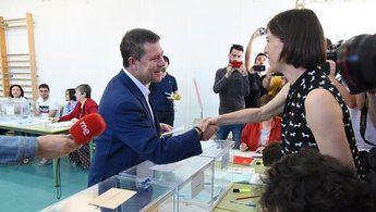 Page y el PSOE 'arrasan' en las elecciones autonómicas y logran mayoría absoluta