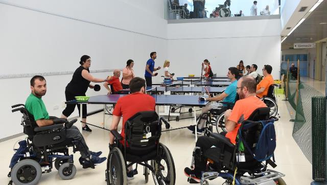 El Hospital de Parapléjicos de Toledo realiza un estudio sobre las dolencias de cuello y espalda de las personas que utilizan silla de ruedas
